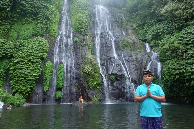 Private Instagram Tour: Sekumpul, Banyumala Waterfalls and Handara Gate