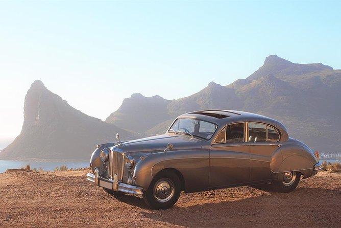 Cape Peninsula in a Vintage Car (Penguins, Cape Point & Chapman's Peak drive)
