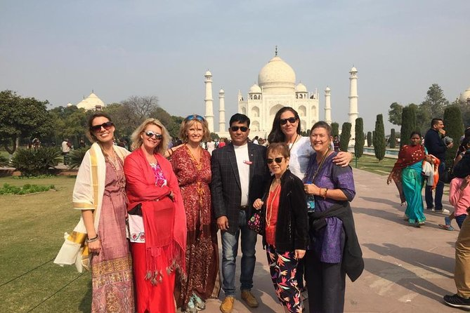 Taj Mahal Tour By Train with Lunch at 5 star hotel.