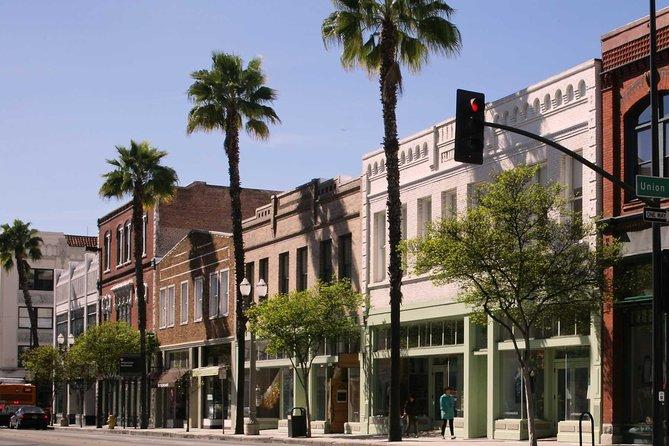 Explore Pasadena Walking Tour