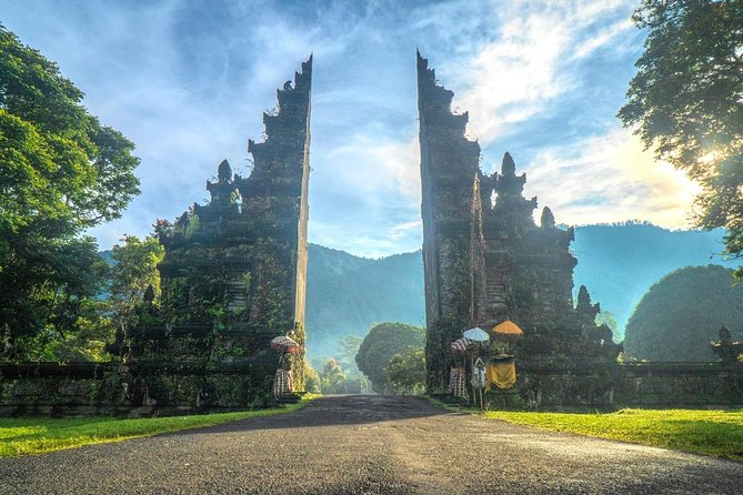 Western Bali Temples; Jatiluwih Rice Terraces & Water Temples Tour