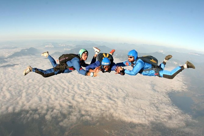 1 day Pokhara Skydiving