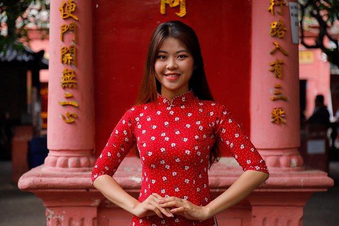 Ao Dai Photoshoot Tour in Ho Chi Minh City