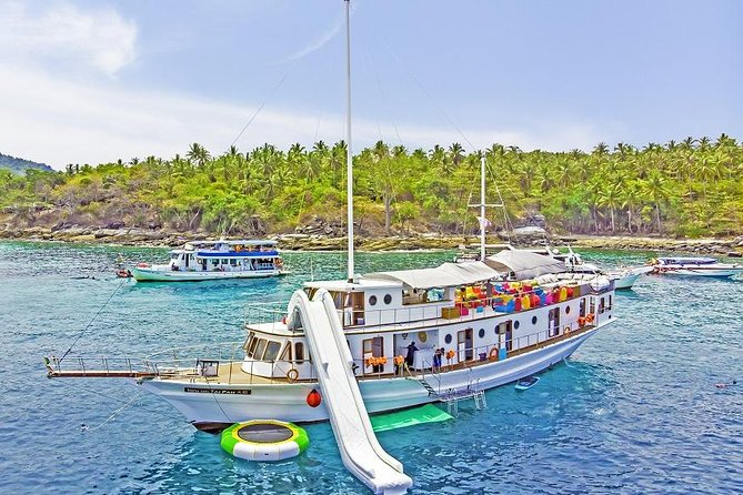exclusive diving and snorkeling trip on a great yacht