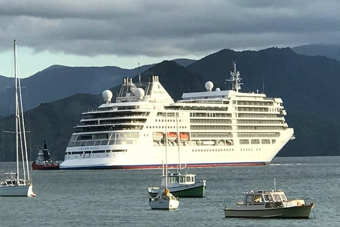 Onshore Cruise Private Delights Tour from Picton