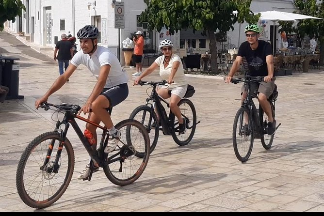 Tour Valle d'Itria With Electric Bike