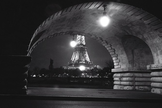 Paris until the heart of the night.