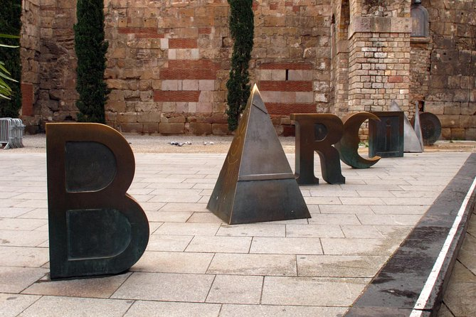 Barcelona, Stories and Legends of Gothic Quarter
