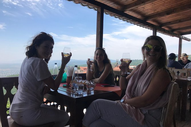 Private Organic Wine Tasting Tour at Okro's Winery and Visit to Sighnaghi