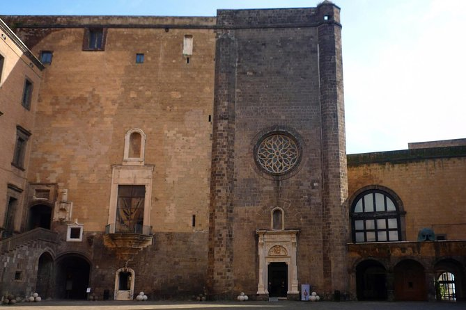 Best of Naples with Castel Nuovo Small Group Tour