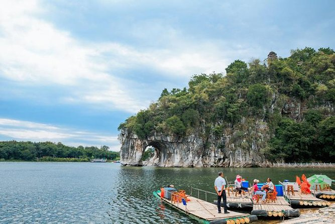 Private 2-Day Guilin Highlights Tour with Li River Cruise