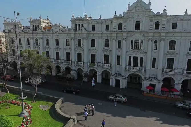 Private city tour Lima + Catacombs Museum (04 hours)