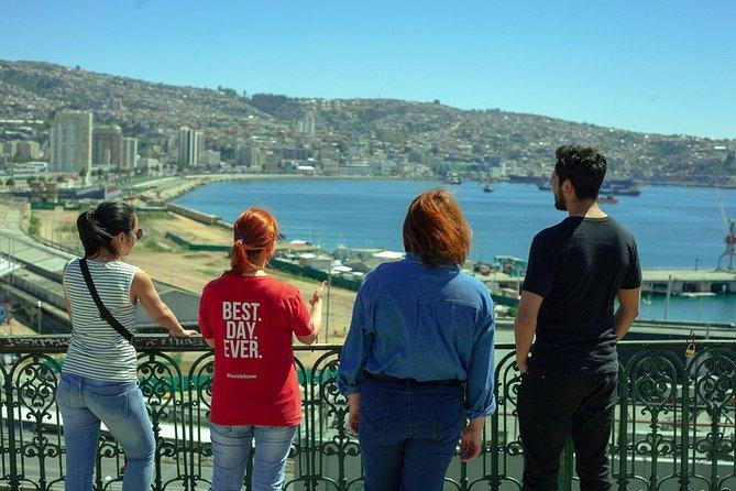 Valparaíso: Mural Workshop & Neighbourhood Walk