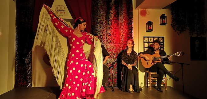 Skip the line: Tablao Flamenco Andalusí Ticket