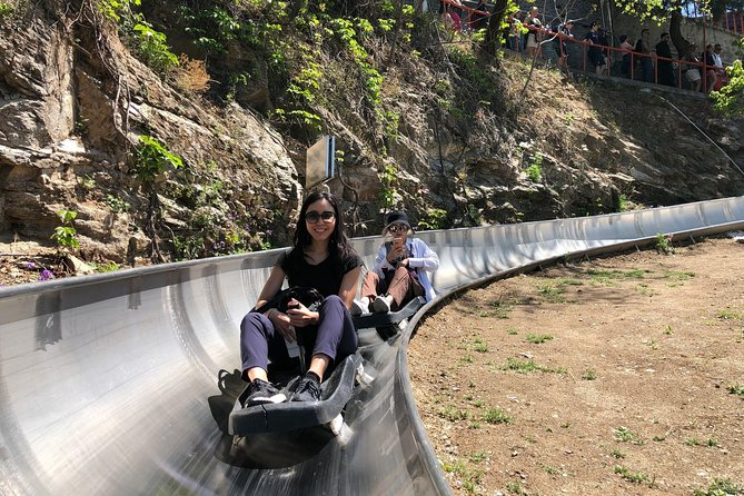 Mutianyu Great Wall No Shopping Tour with Round Way Cable Car or Toboggan