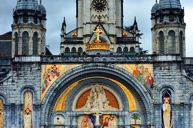 LOURDES : COME FOR A DAY -Day-trip from PARIS with AIR FRANCE (flight)
