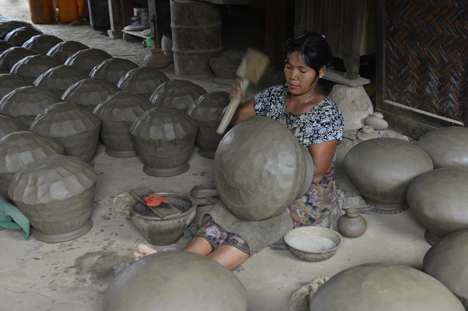 Full day Adventure Trip to Twante – A traditional pottery village