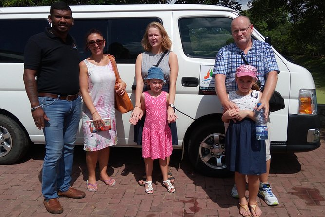 Colombo Airport (CMB) to Kodolana Guest House,Mirissa Private Transfer photo 2