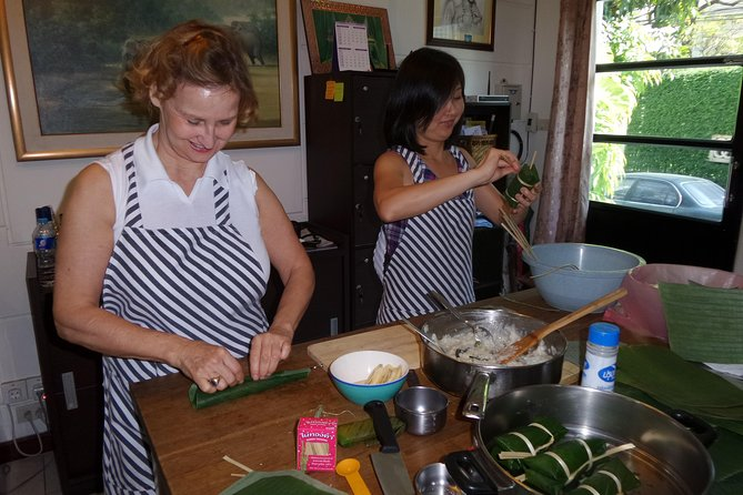 Private Thai Home Cooking Lesson (since 2004)