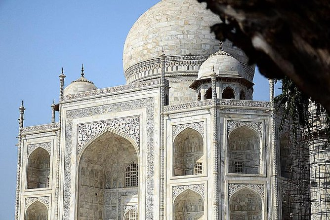 Magnificent Taj Mahal and Agra Fort Trip from Delhi by Rail photo 2