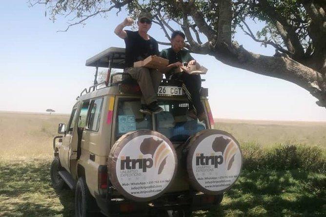 5 Day Safari Lake Manyara – Serengeti – Ngorogoro Crater