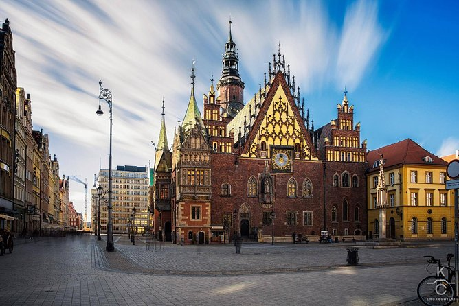 Krakow Balice Airport - Wroclaw city private transfer