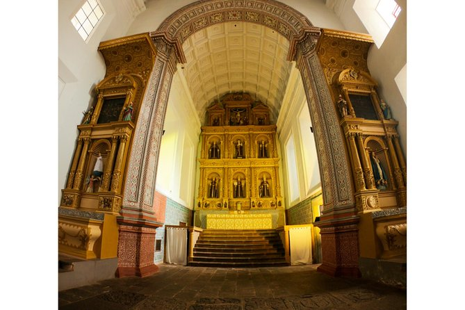 Goa Art Trail - A Guided Tour to Churches of Goa photo 7