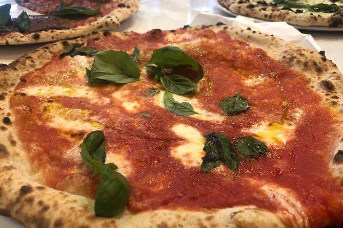 Pizza workshop in Naples Make your Margherita