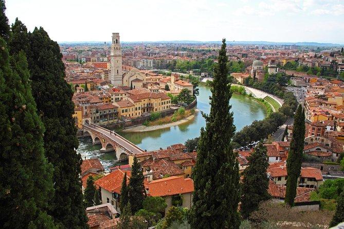 Small Group E-bike Verona Highlights and Panorama tour