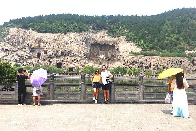 Form Xi'an To Luoyang Longmen Grottoes & Shaolin Temple Day Tour by Bullet Train
