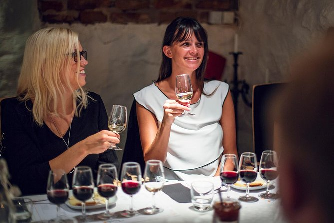 Wine tasting Gamla Stan (old town -Stockholm): Event, team building & kick-off