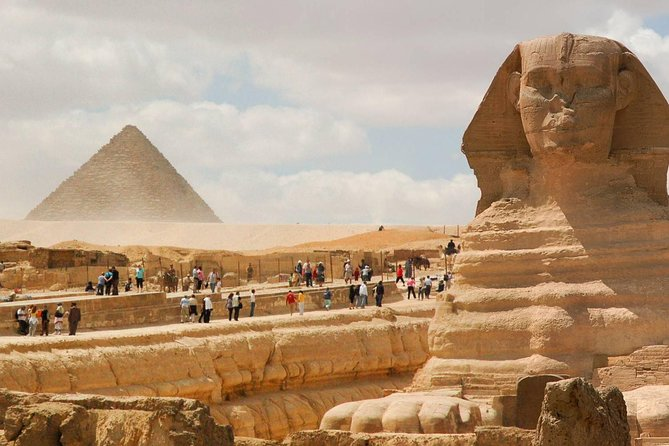 Private Full Day Tour: Great Pyramids & Pyramids at Sakkara & Memphis