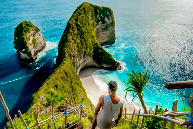 East or West - One Day Nusa Penida Tour