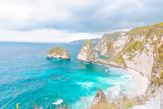 East or West - One Day Nusa Penida Tour photo 8
