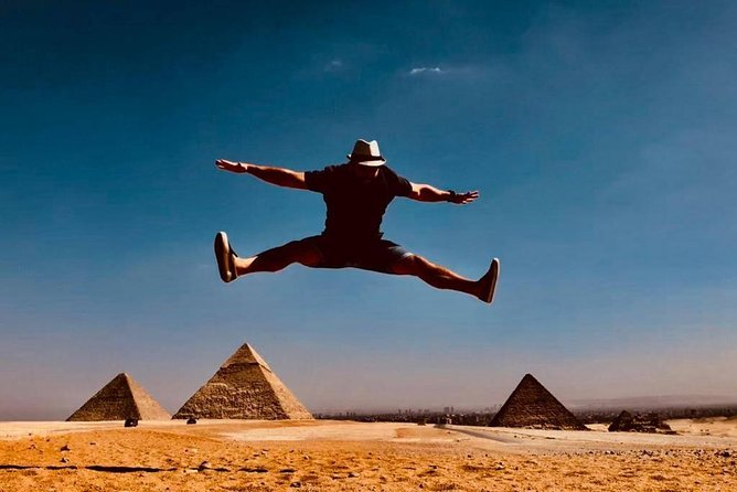 Sightseeing Day Tour to Pyramids, Egyptian Museum and Bazaar from Giza or Cairo photo 9