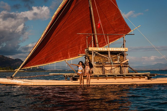 4 Hours Sailing Voyage Experience on Cultural, Authentic Drua with Refreshments