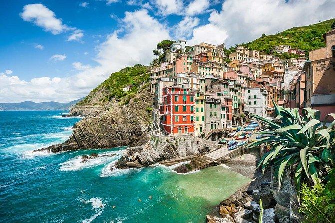 La Spezia Port Cinque Terre and Pisa full day tour by Minivan and Boats