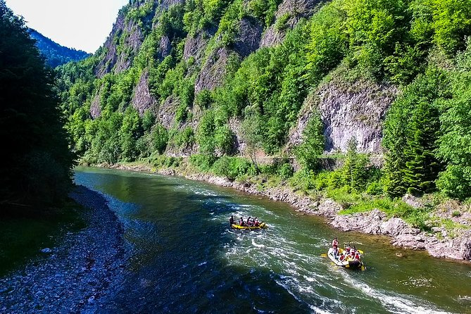 Rafting down the Dunajec River + Castle in Niedzica photo 2