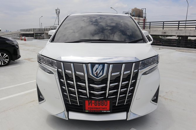 Bangkok Airport Limousine: New Toyota Alphard (To Airport) photo 8