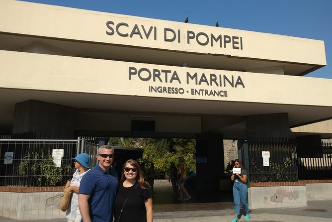 Pompeii Skip-The-Line Tickets with Lunch&WineTasting Fullday from Rome