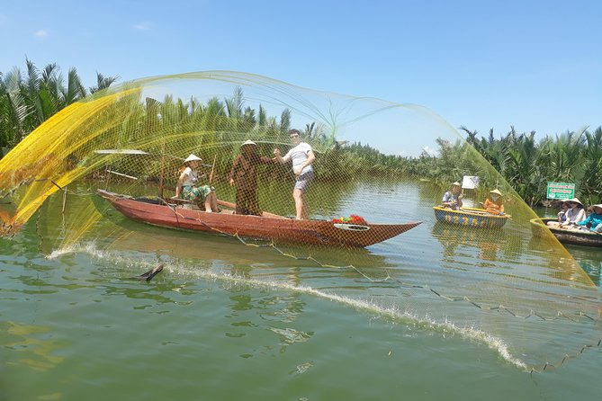 Eco cooking class & Fishing tour by bamboo basket boat