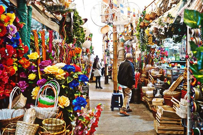 Bogota Center, Monserrate & Paloquemao Private City Tour BILINGUAL GUIDE