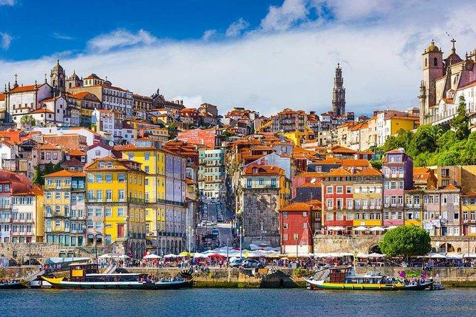 Private tour 2 days from 1 to 8 people to Porto - Aveiro- Nazaré- Óbidos