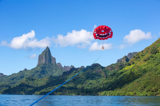 Moorea Parasailing experience - Double Flight