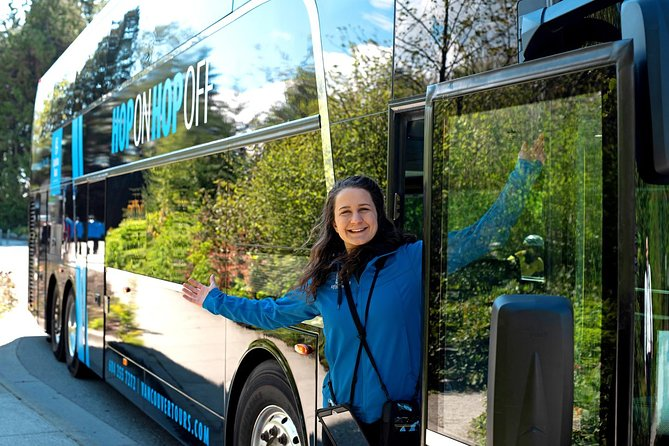 Recorrido en autobús de dos pisos con paradas libres en Vancouver: pase de 2 días