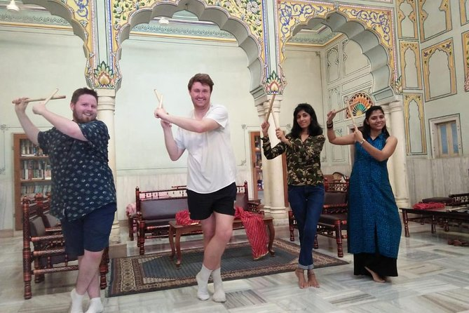 Bollywood Dance Class - Shimmy, shake and groove with Hindi Movie hits ! photo 15