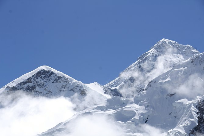 Luxury Everest Base Camp Trek with Helicopter Fly in Return