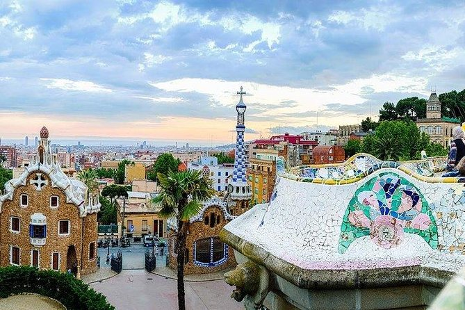 Enchanting Barcelona in a Day for Kids Tour photo 2