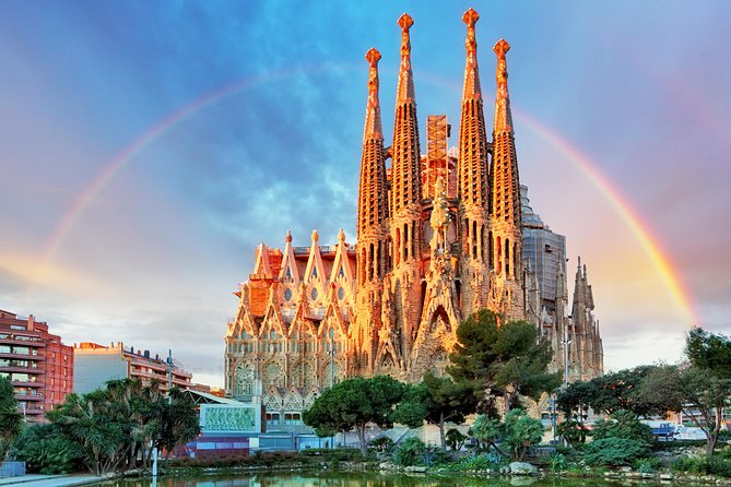 Enchanting Barcelona in a Day for Kids Tour photo 7
