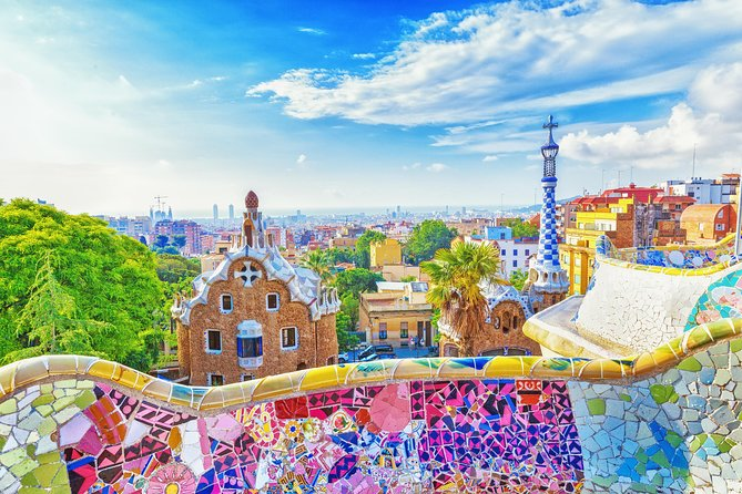 Park Güell and Sagrada Familia Adventure for Kids